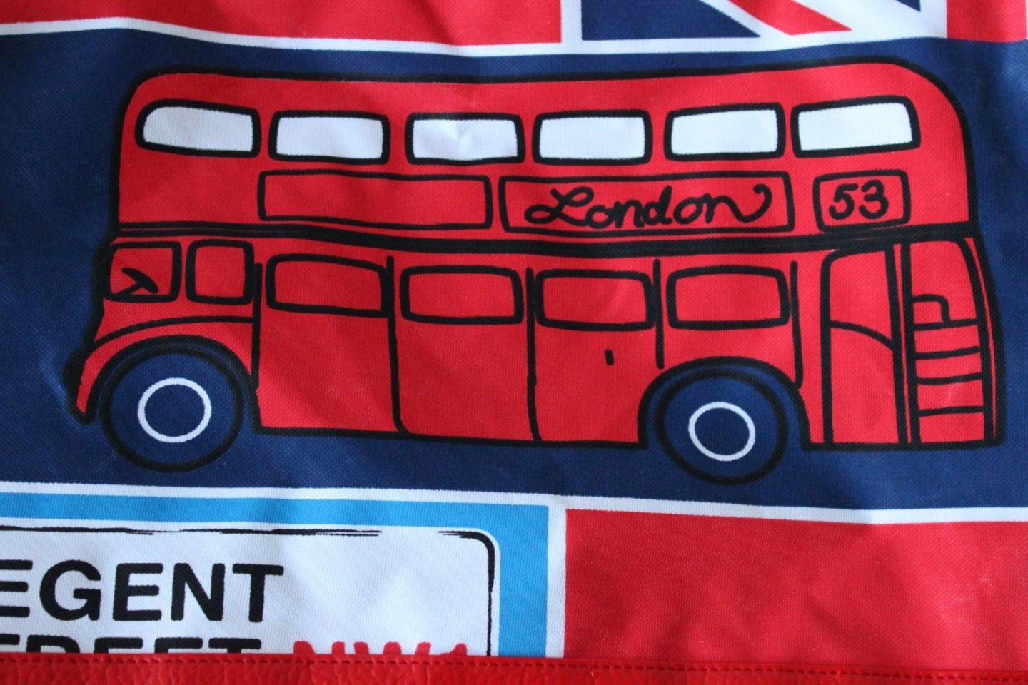 rimmel-london-bag