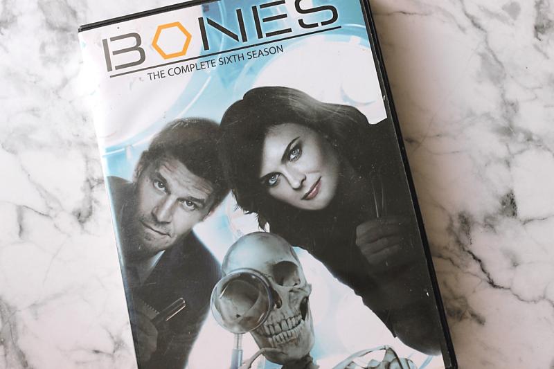 Bones-min